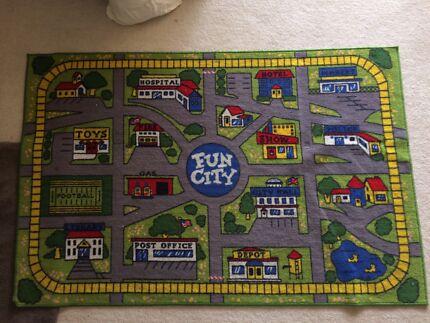 Fun city car playmat.  Merriwa Wanneroo Area Preview