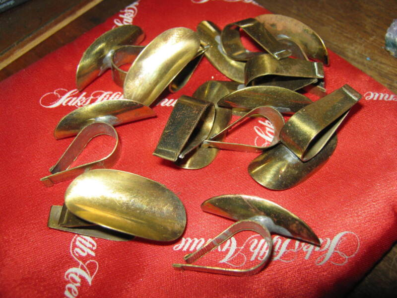 MAD MEN Brass Clamp CIGARETTE RESTS for Dinner or Cocktail Plate, LOT OF ELEVEN!