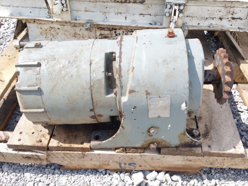 General Electric 3 hp 1750 Motor RPM, 102 Gearhead Output RPM  .