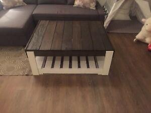 Refinished pallet coffee table