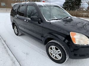 2003 Honda CR-V 4x4 leather low Km