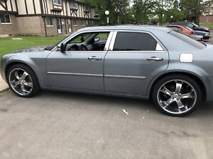 2007 Chrysler 300 3.5 82,000km Mint