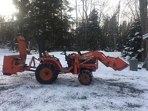 1998 Kubota B1700 tractor with $5000 in attachments