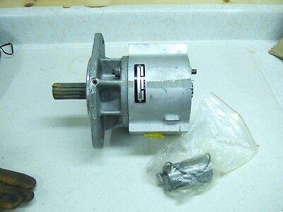 New International Dresser Hydraulic Pump 939051c92