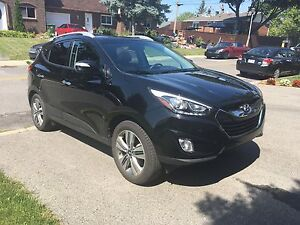 **Hyundai Tucson Limited AWD 2015**Lease Takeover**Incentive**