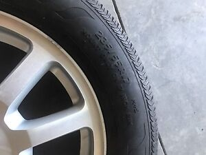235/55R17 tires with rims
