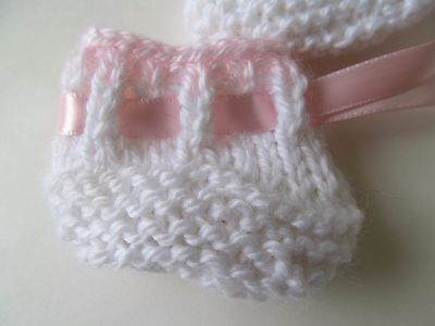 """Goldberger & Other 12-13"""" Baby Dolls White and Pink Booties Hand-Knitted NEW!"""