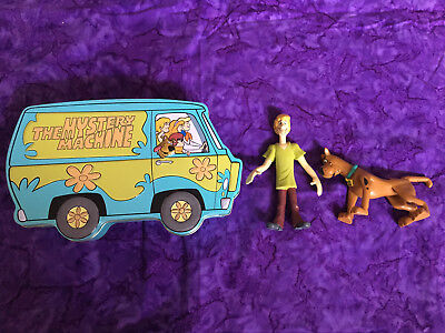 Scooby Doo Gang Mystery Machine Tin W  Poseable Shaggy   Scooby Figures