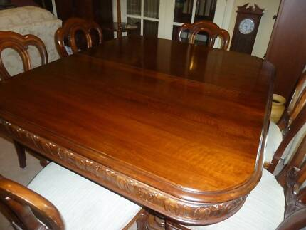 French walnut Victorian 10 seater table with decorative skirt