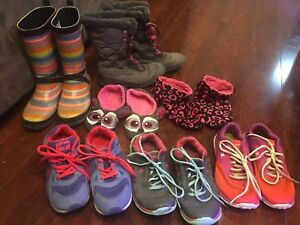 Size 2.5-3-Columbia Winter Boots, Runners, Rain Boots - OBO