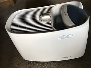 HUMIDIFIER HONEYWELL (EXCELLENT CONDITION)