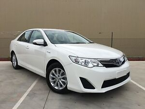 09/2014 Toyota Camry AVV50R Hybrid H White Automatic Campbellfield Hume Area Preview