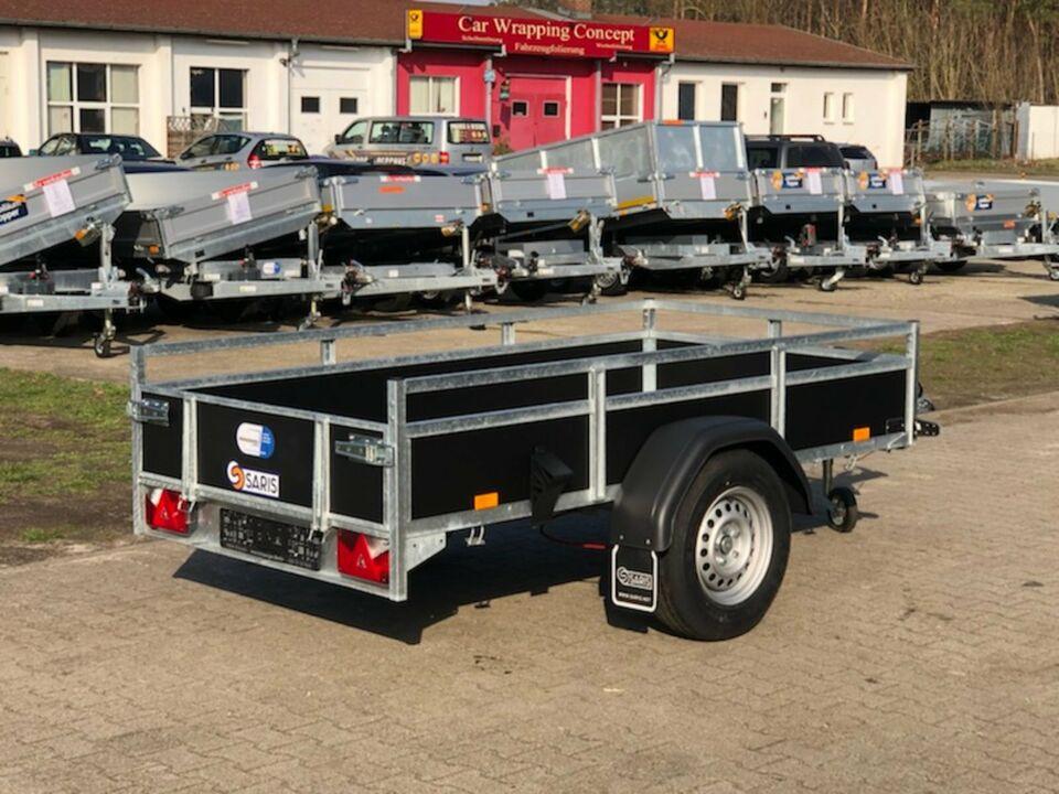 ✅ Anhänger Saris Wood BMG135 1350 kg 255x133x45 cm Reling NEU S in Schöneiche bei Berlin