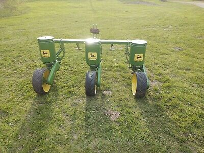 3 Row John Deere 71 Flex Food Plot Sweet Corn Planter Metal Hoppers