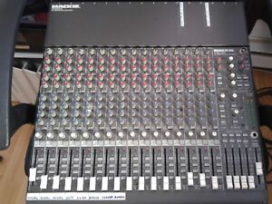 Console mackie 16