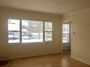 Beautiful 2bdrm, 1bath with parking