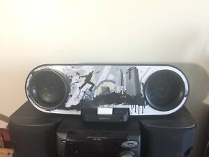 SONY IPhone Dock Boombox Stereo RDH-SK8iP