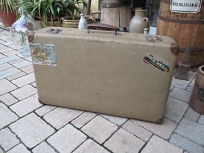alter Reisekoffer, Koffer, Oldtimer, Couchtisch