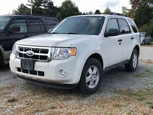 2012 Ford Escape XLT / V6 / ALLOY RIMS / POWER SEAT / XM RADIO
