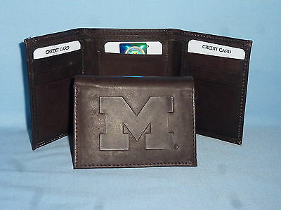 - MICHIGAN WOLVERINES   Leather TriFold Wallet    NEW    dkbr 3  m1