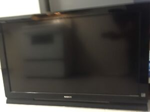 """Moving sale Sony Bravia 42"""""""