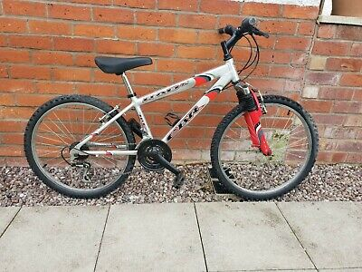 RAD24 CBR Universal Bike Used - Pair