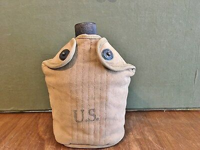 ORIGINAL WWII US ARMY CANTEEN - COMPLETE - KHAKI - WW2 US MILITARY 1942