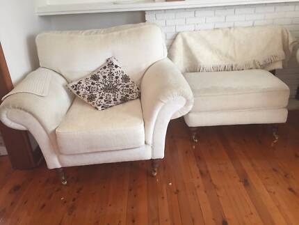 Great - 2 x one seater , 1 x 2 seater and Ottoman White Lounge