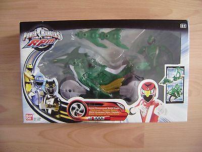 Power Rangers RPM Shark Ranger  ()