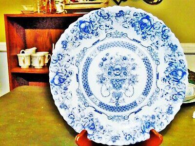 """1 NEW OTHER ARCOPAL HONORINE BLUE & WHITE MILK GLASS DINNER PLATE 10.5""""R FRANCE"""