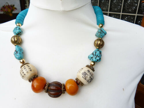 Chinese necklace with resin amber, turquoise and wood