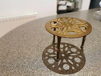 Vintage brass Round Trivet Tripod pot stand decorative 8 cm diameter