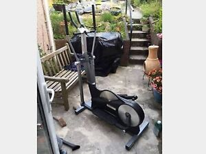Cross trainer Monterey Rockdale Area Preview