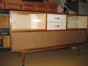 retro buffet Carindale Brisbane South East Preview