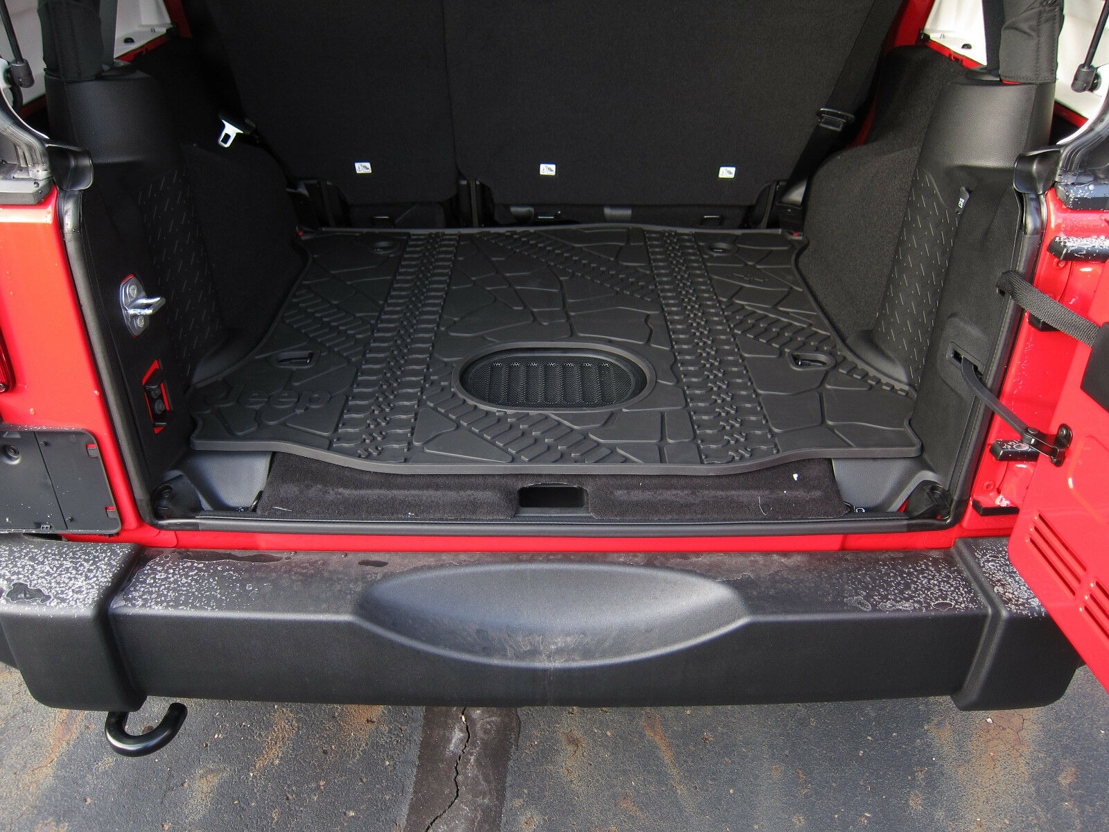2016 Dodge Avenger >> 2015-18 Jeep Wrangler JK Unlimited Rear Cargo Mat Tray with Subwoofer Cutout OEM | eBay