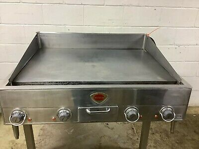 36 Griddle Flat Top Wells G-23 3ph 208 Volts Tested