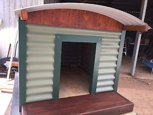 Insulated dog kennels Jimboomba Logan Area Preview