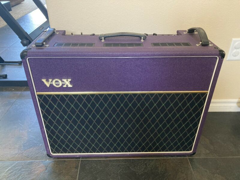 Vox AC30 TBX Made in UK Limited Edition Purple Amp