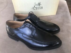 Johnston & Murphy men's size 12 black leather dress shoes