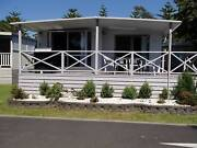 Batehaven Holiday Cabin accomodation Bungendore Queanbeyan Area Preview