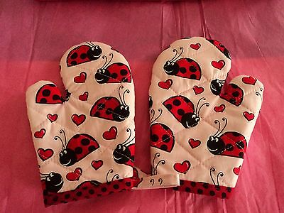 Children's LADY BUGS -  Oven Mitts, Handmade, Red, Quilted, Lined, 100% Cotton ()