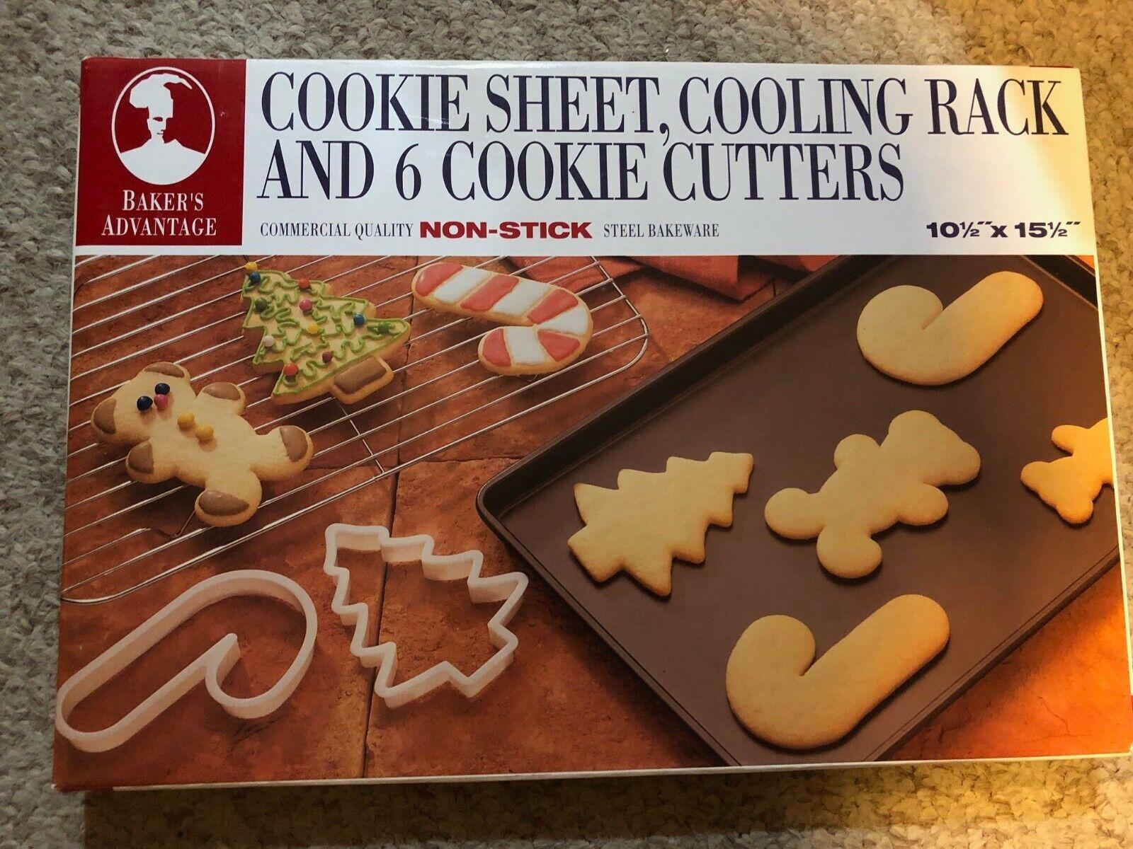 NIB Baker's Advantage Christmas Baking Set - Cookie Sheet, R