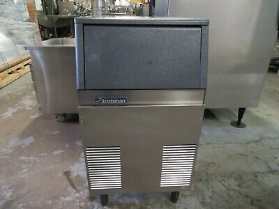 Scotsman Cse60a-1a Compact Undercounter Ice Machine Gourmet Cube 55lbs Prod.