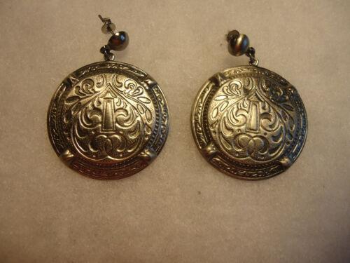 Vintage/nos silver tone filigree carved earrings