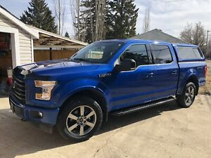 2017 Ford F-150 XLT Sport Low Kms