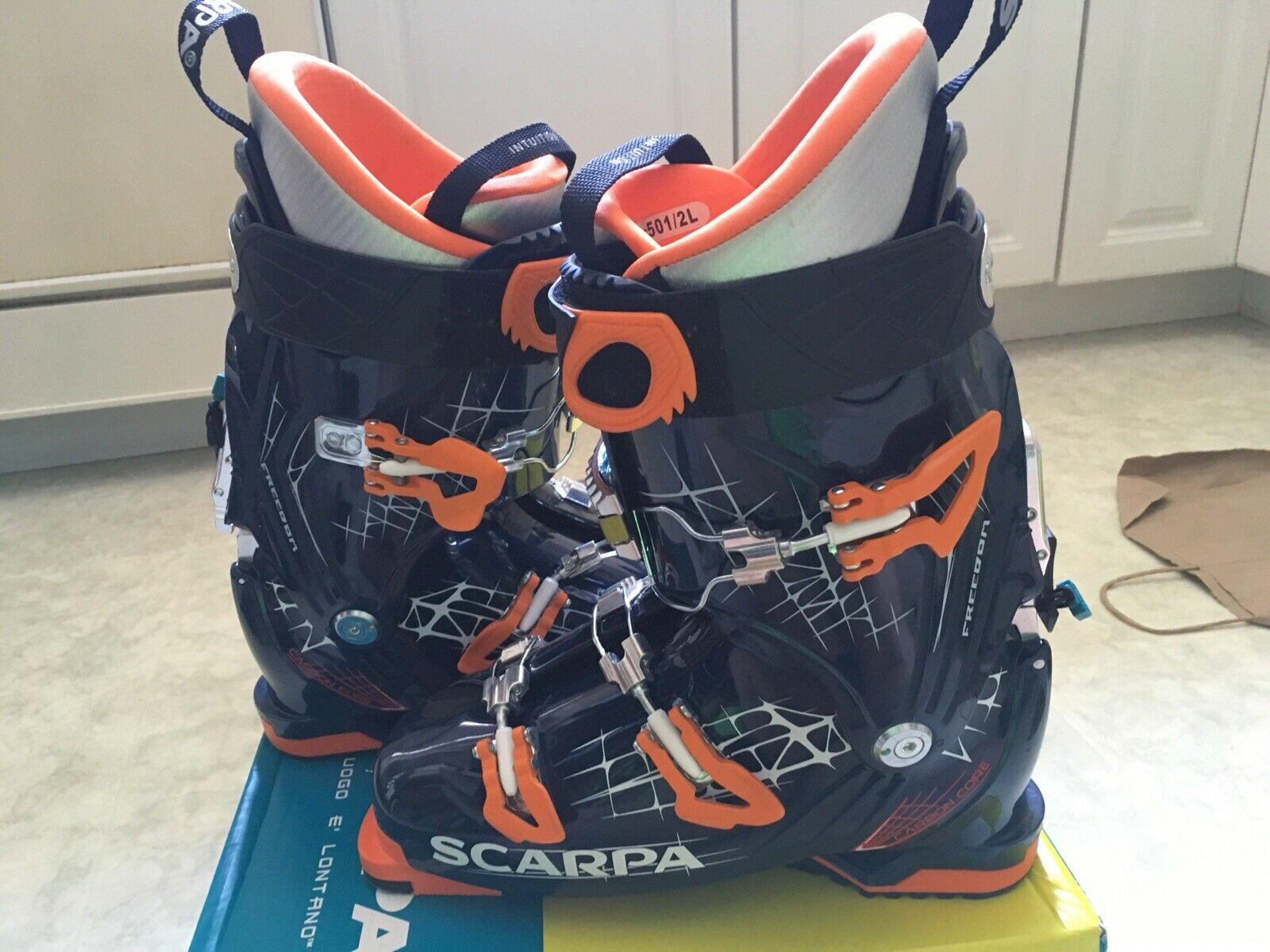 freedom 100 alpine touring at ski boots