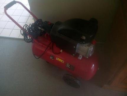 As new 1800w 2.5 Air compressor