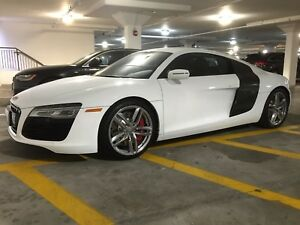 2015 Audi R8 V8 4.2 - original owner, 6-spd manual, low mileage