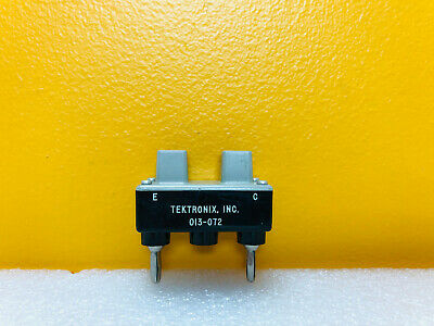 Tektronix 013-072 Axial Lead Diode Test Adapter For Curve Tracers. Tested