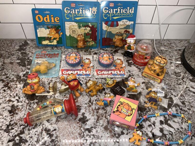Lot Vtg GARFIELD The Cat Odie Figurine Yo-Yo Snow globe Necklace Toy PVC Vinyl +